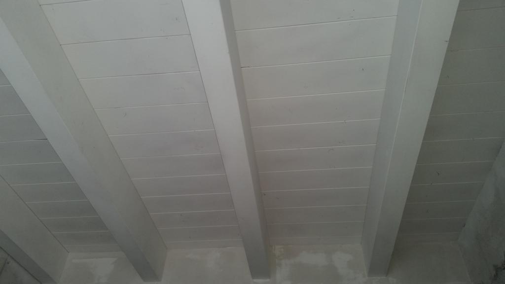 Tetto in legno lamellare di abete bianco realizzazioni - Tetto in legno bianco ...