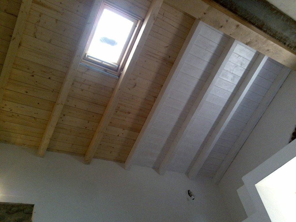 cantina ristrutturata,tetto a due falde in legno lamellare