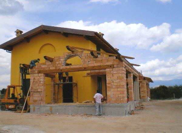 Realizzazioni roma latina frosinone velletri - Casa con tetto in legno ...
